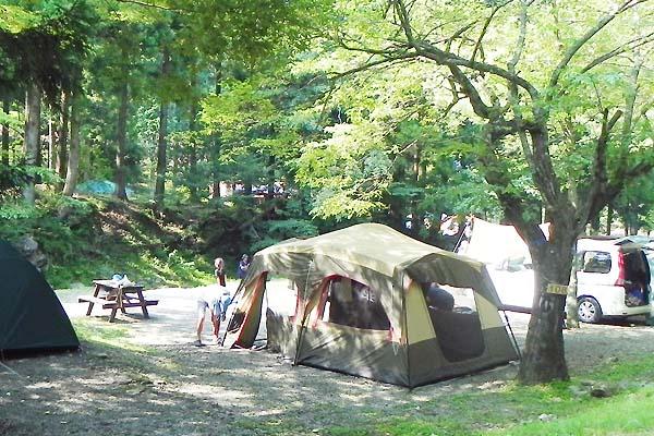 【海あり山あり】いま神奈川のキャンプ場がアツい!おすすめキャンプ場を大公開!