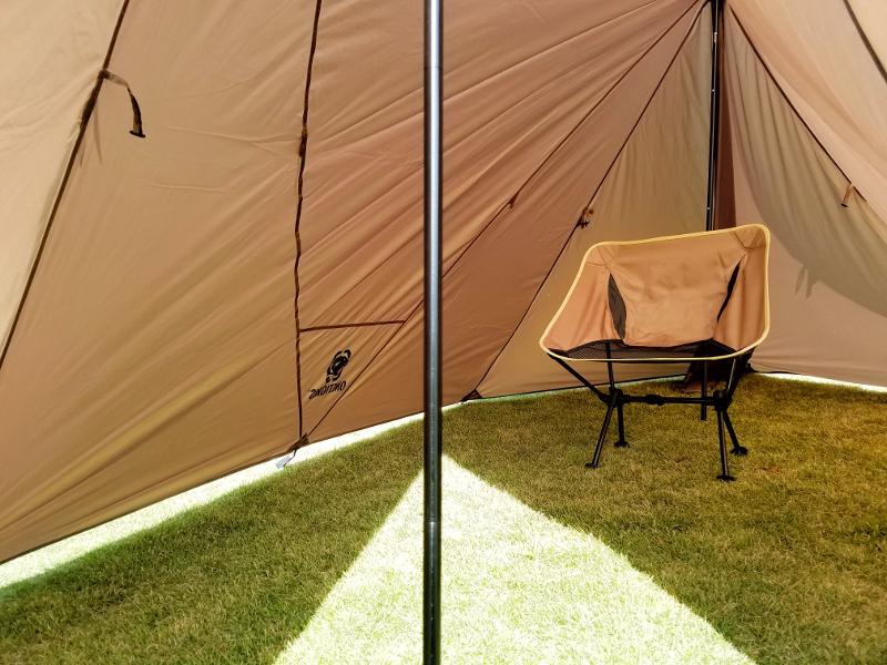 OneTigrisのブッシュクラフトテントは広々快適空間