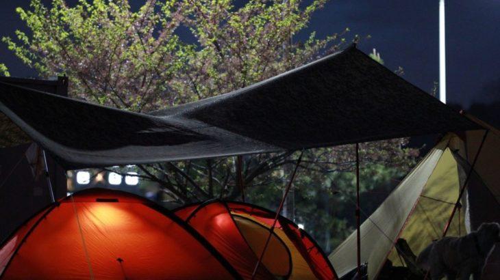 予想外に気温低下!キャンプで出来る寒さをしのぐ応急処置5選