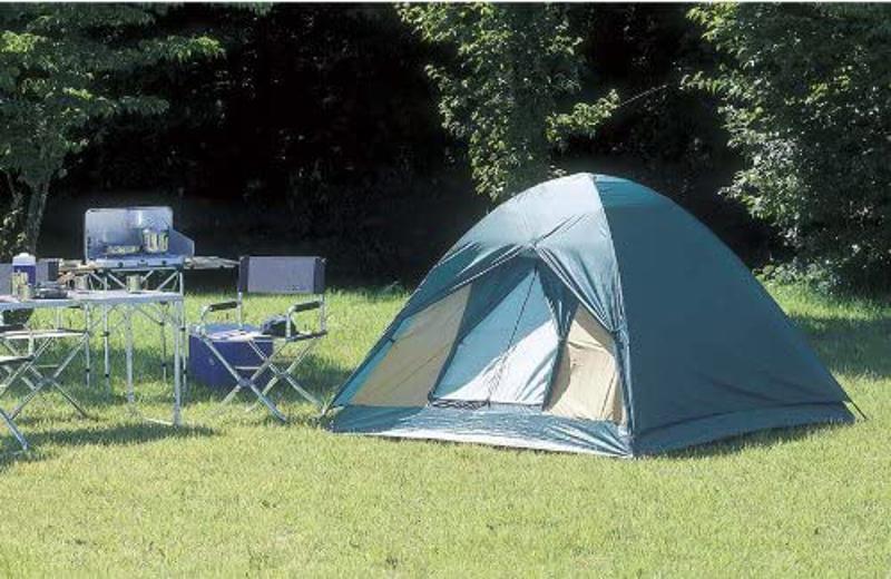 キャンプテンスタッグのテント