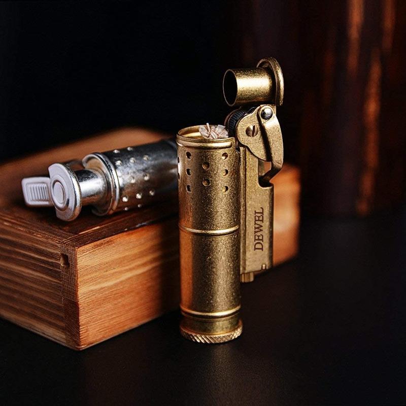 真鍮製のオイルライター