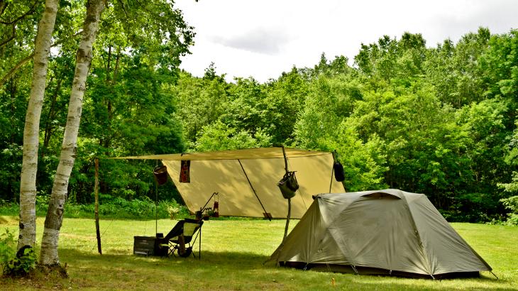 テントとタープと焚火台